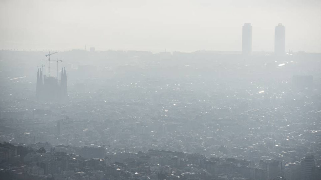 Contaminació aire Barcelona
