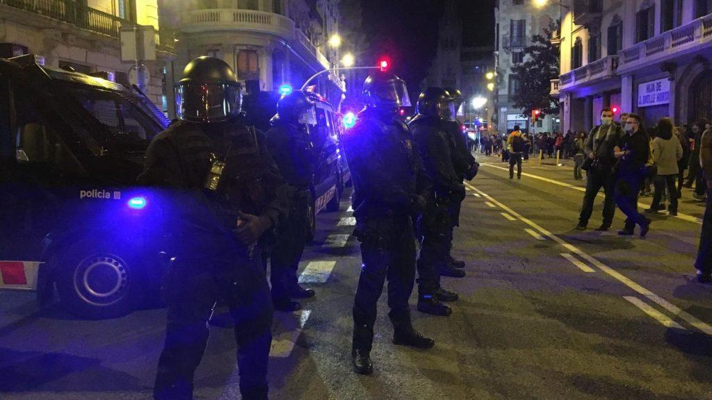 Mossos d'Esquadra a Prefectura de la Policia Nacional, Via Laietana