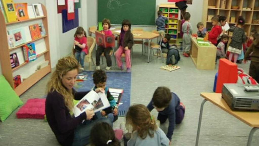 escola nens a la classe
