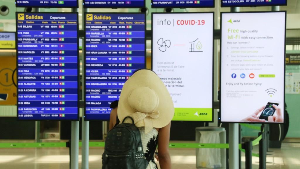 panells vols aeroport