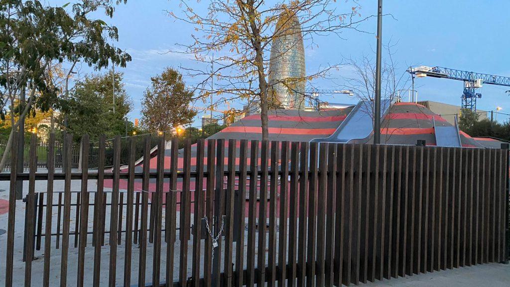 Parc infantil de les Glòries tancat