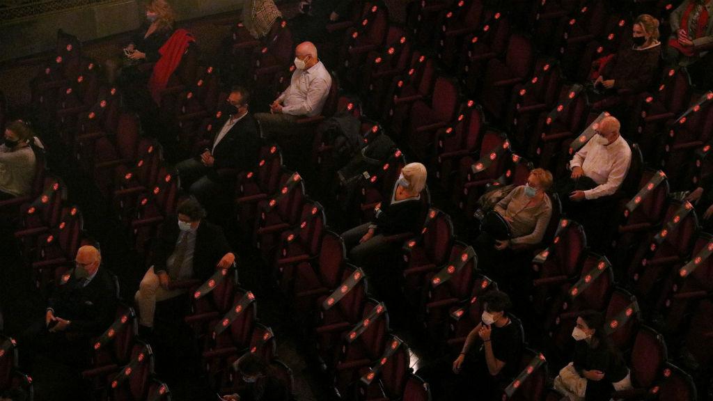 Detall Visió de la platea del Liceu amb l'aforament limitat a 500 persones, durant l'assaig obert del 24 de novembre de 2020