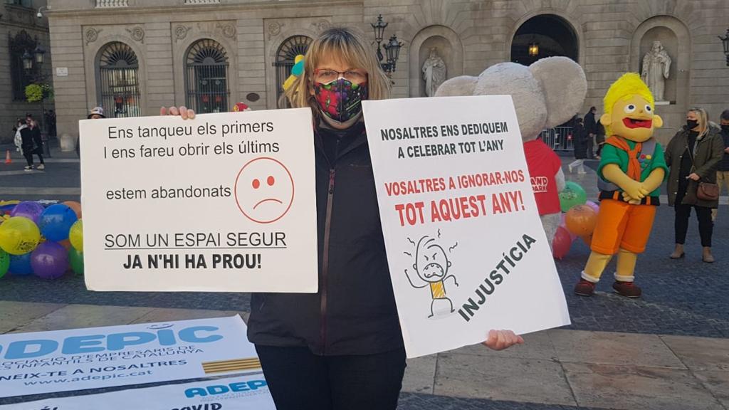 Cartells de la protesta dels parcs infantils