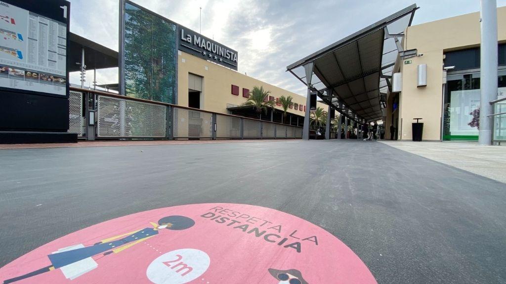 Centre Comercial Maquinista tancat