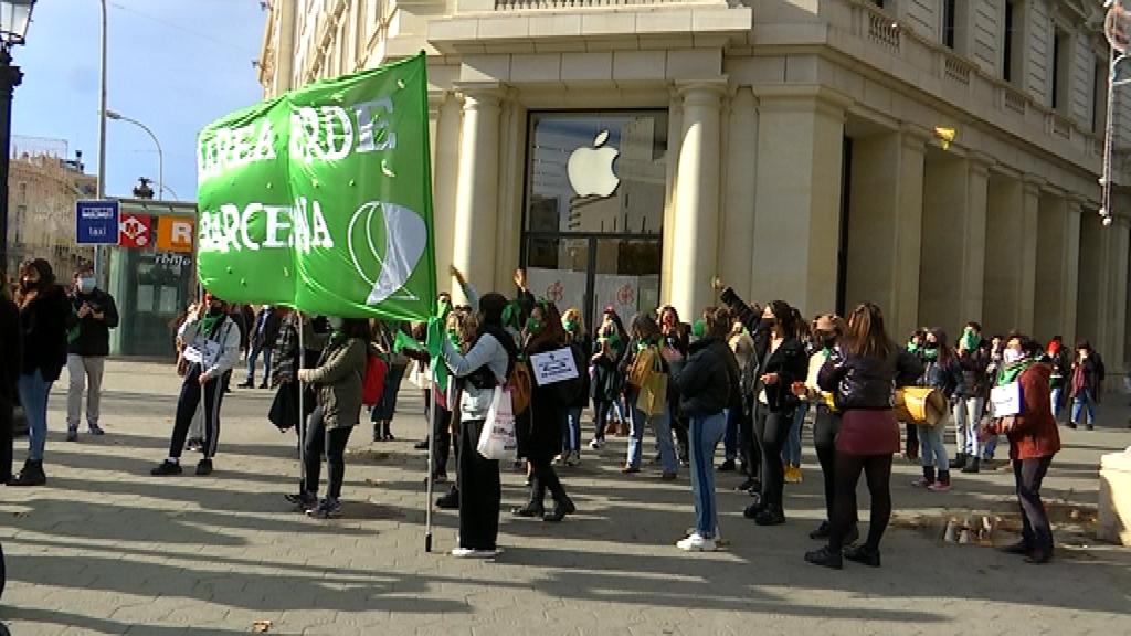 Manifestació a Barcelona per defensa l'abortament legal a l'Argentina