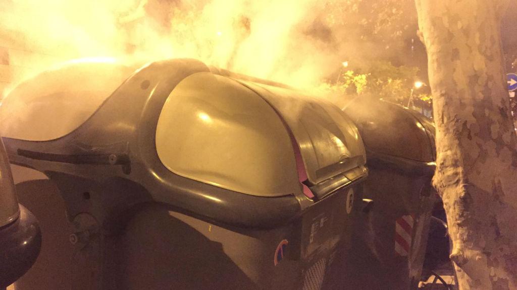 contenidor cremant al Poblenou l'any 2019