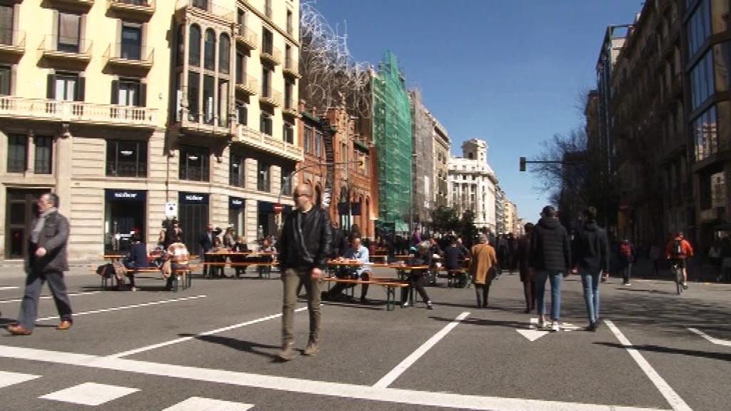 tall de trànsit del carrer Aragó el 8 de març del 2020