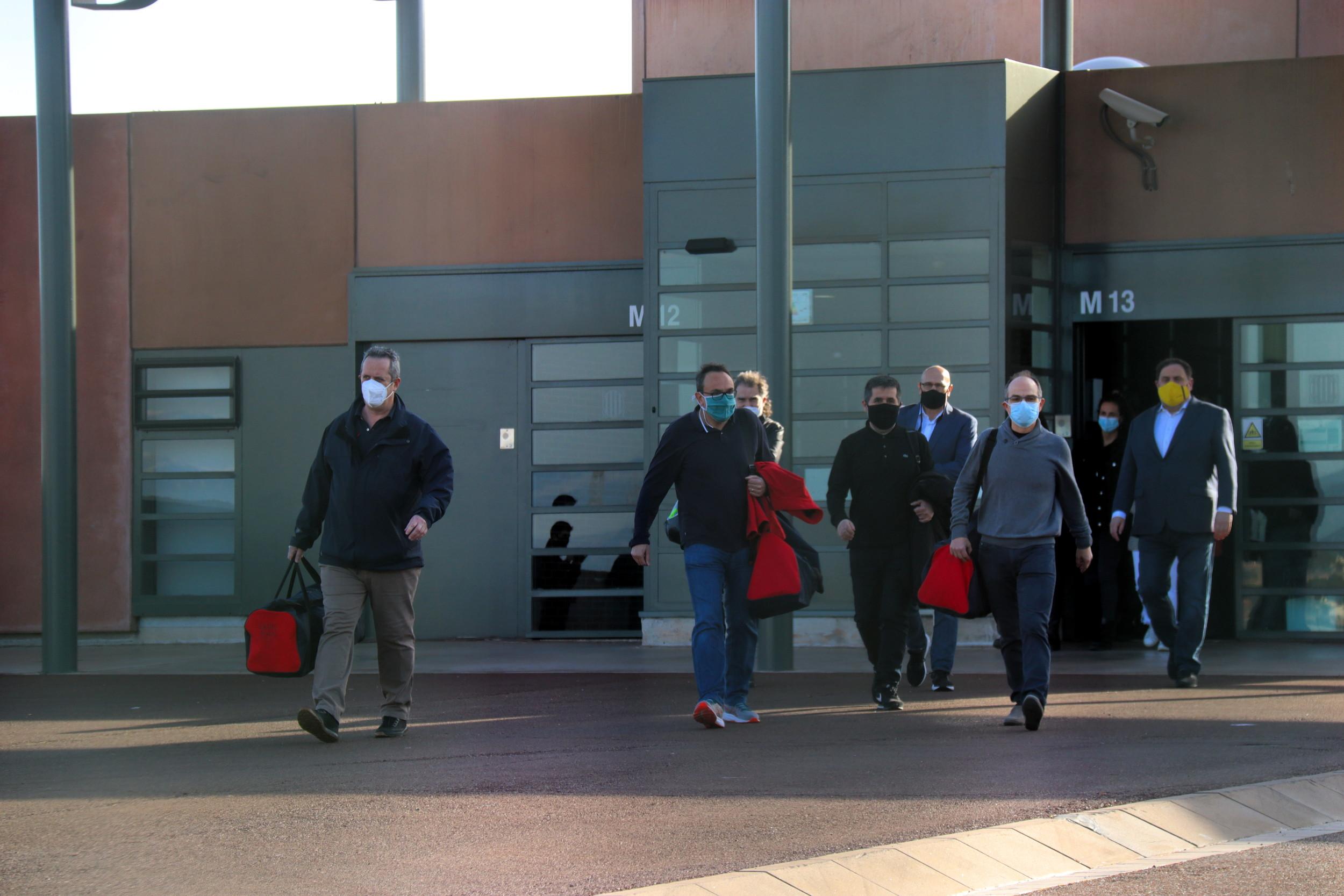 Els set presos de Lledoners surten en tercer grau