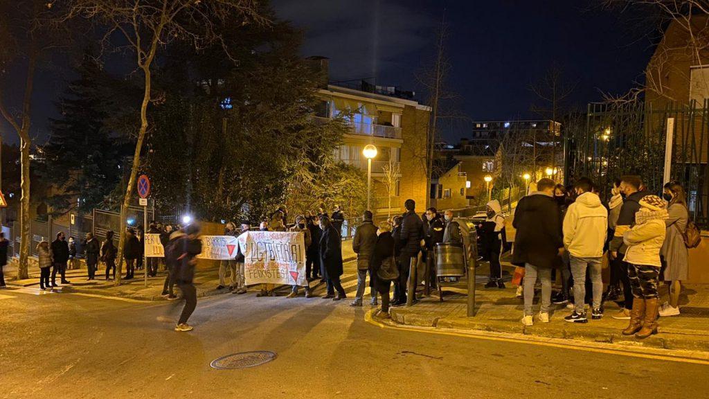 Protesta contra les agressions LGTBI