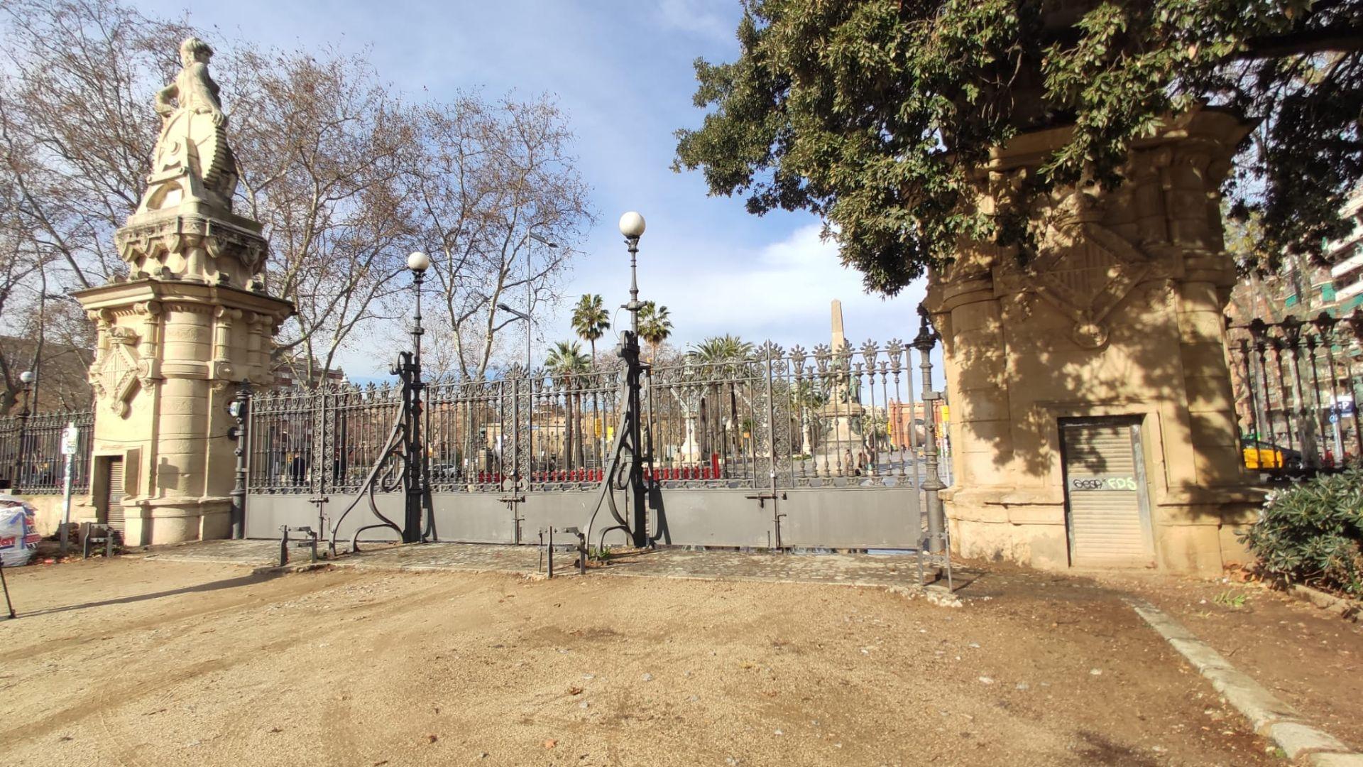 porta tancada Parc Ciutadella