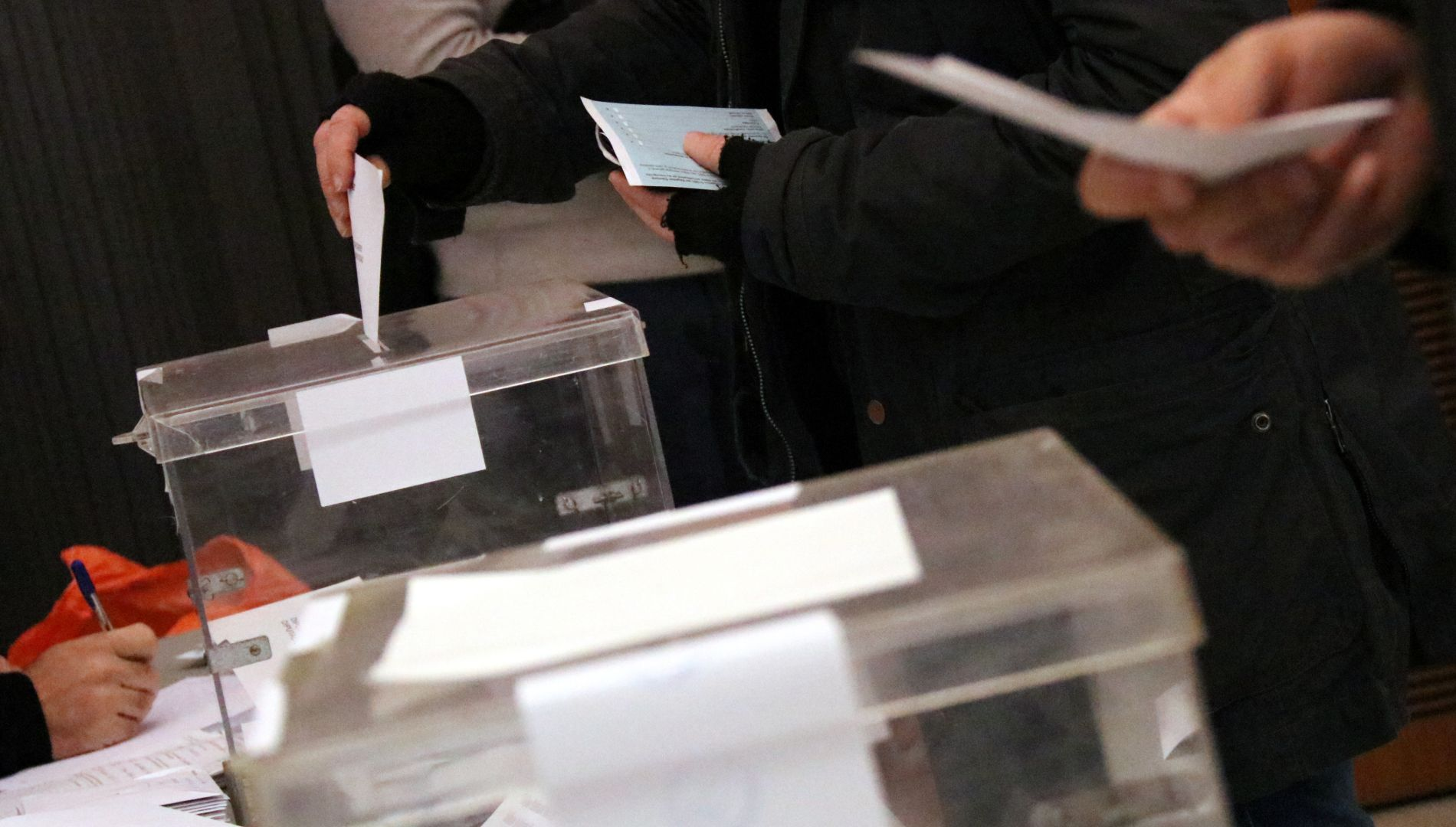 urna eleccions catalanes