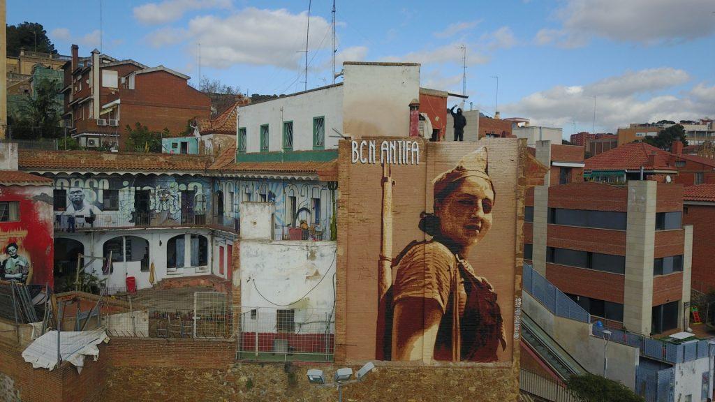 Mural Roc Blackblock Kasa de la Muntanya Foto Max Ira
