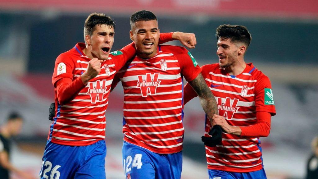 Celebració gol jugadors Granada partit bojos