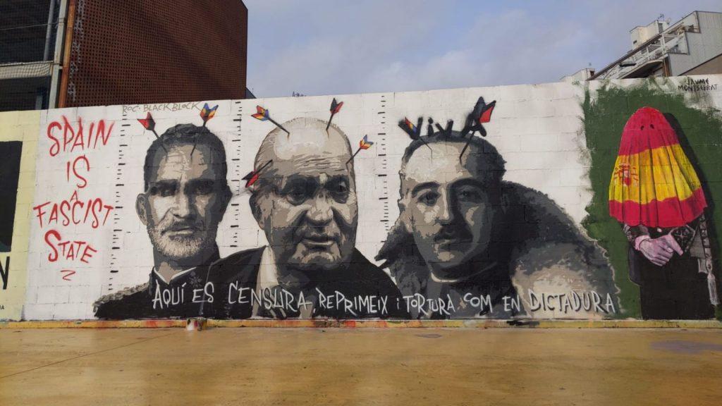 pintada viva sobre Franco mural Blackblock