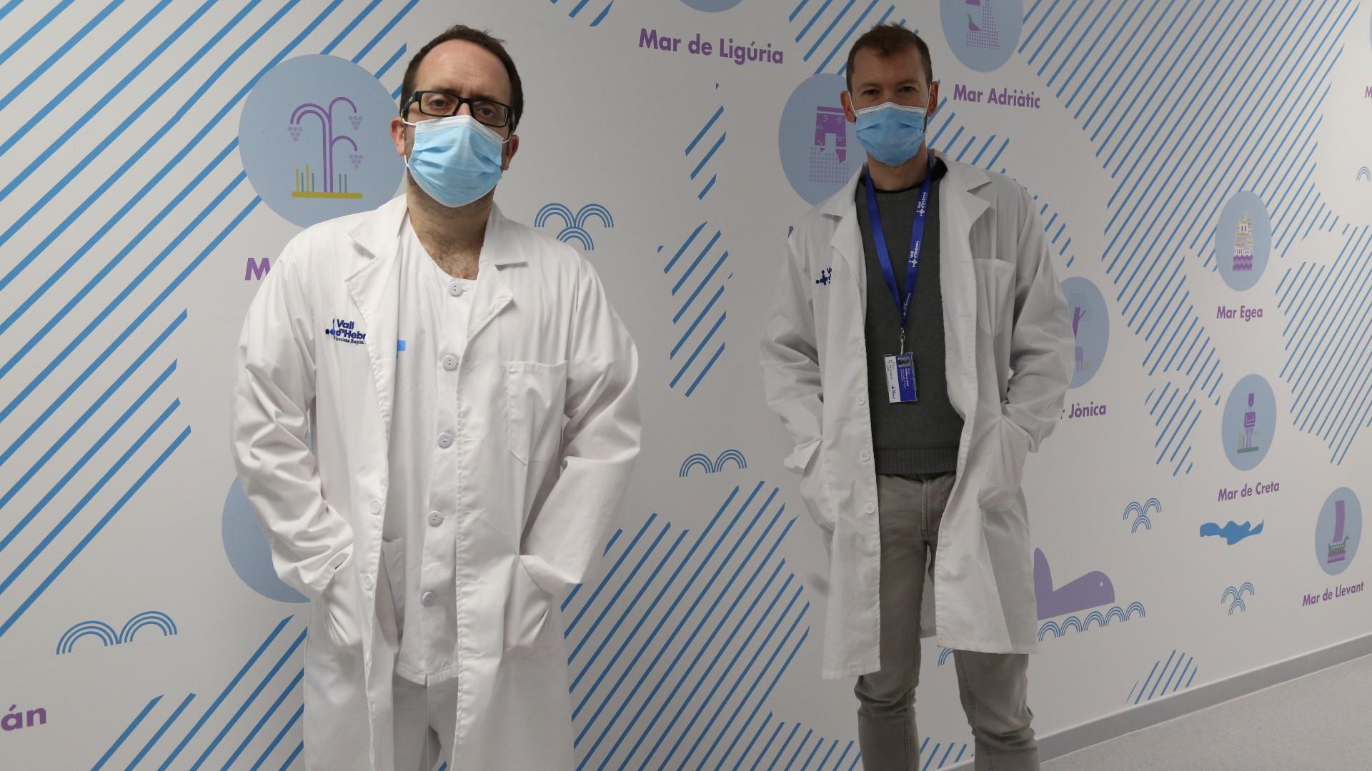 El Dr. Pere Soler i el Dr. Roger Colobran del Vall d'Hebron Institut de Recerca