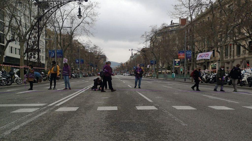 passeig de gràcia tallat manifestació 8-M