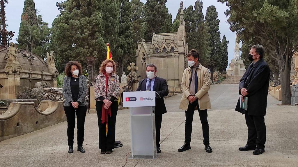 Autoritats fossa cementiri Montjuïc