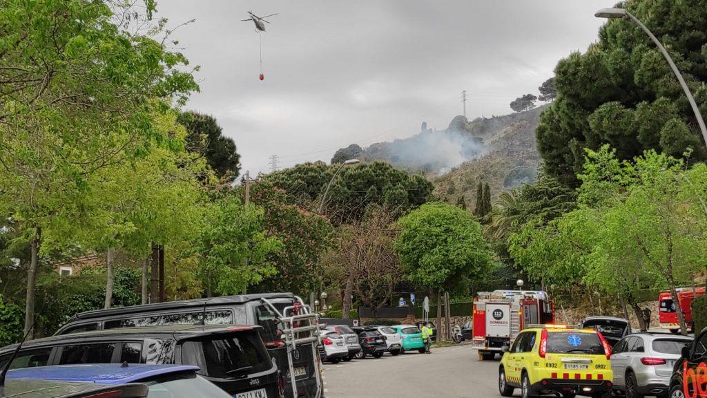 helicopter extincio incendi collserola