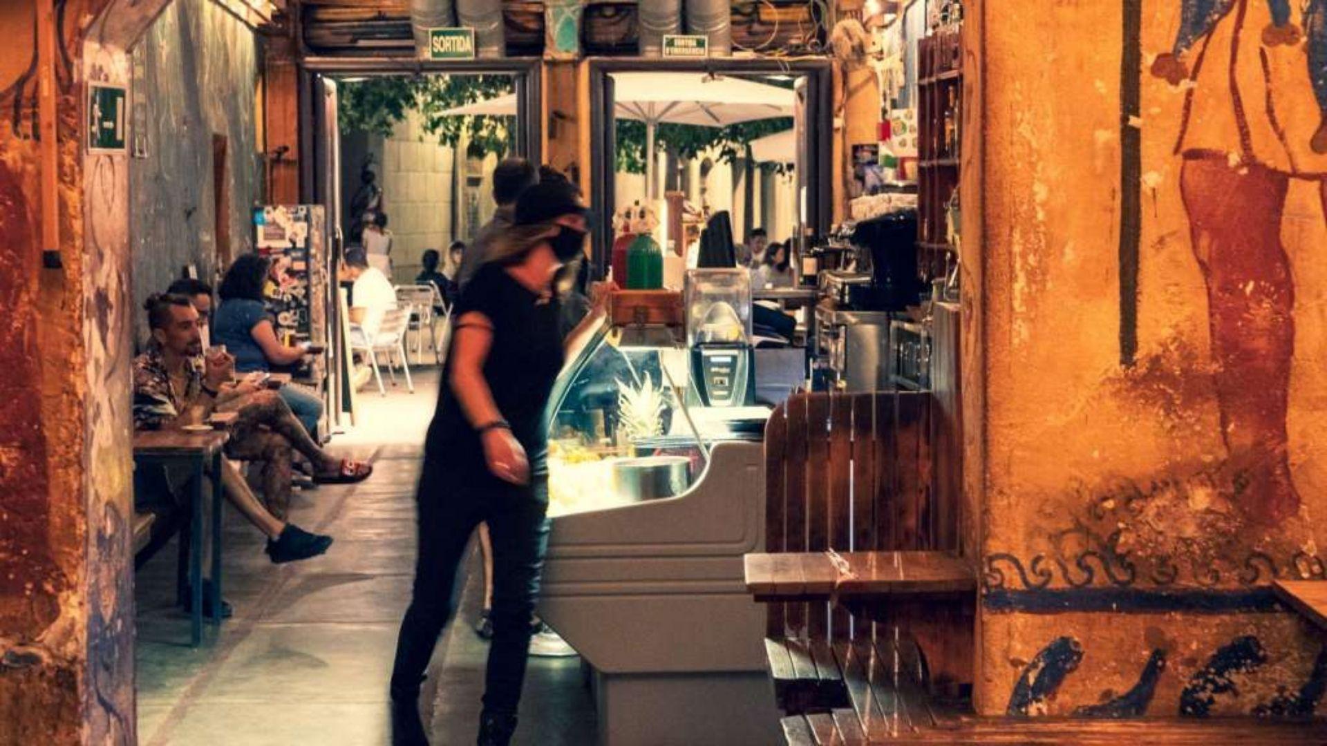 interior d'un bar al gòtic