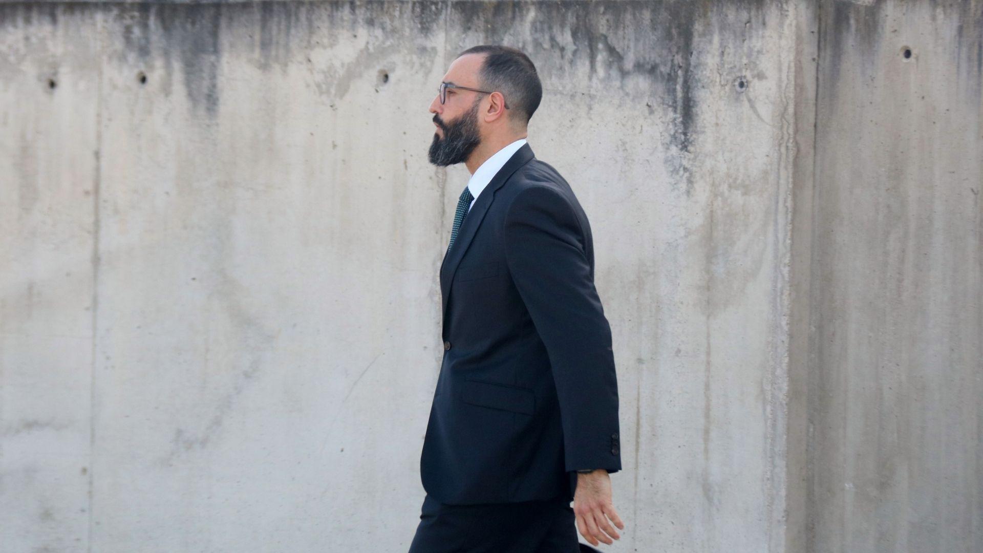 Daniel Baena sortint de l'Audiència Nacional