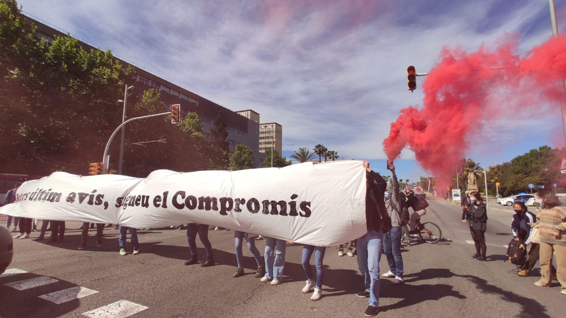 estudiants tallen Diagonal vaga universitats