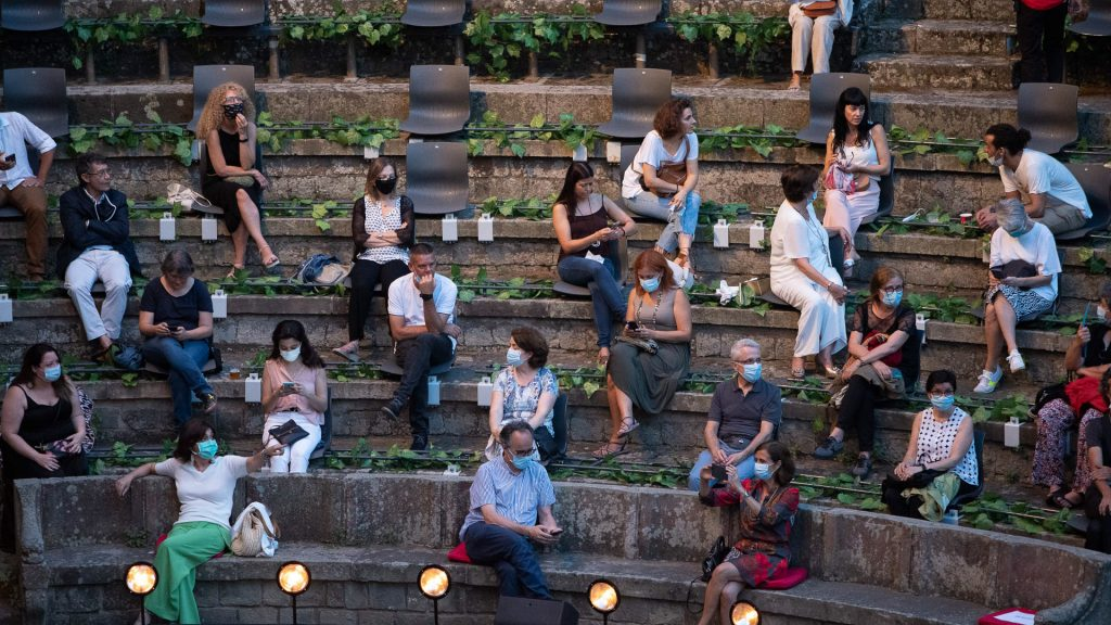 public al teatre grec mascareta estiu 2020