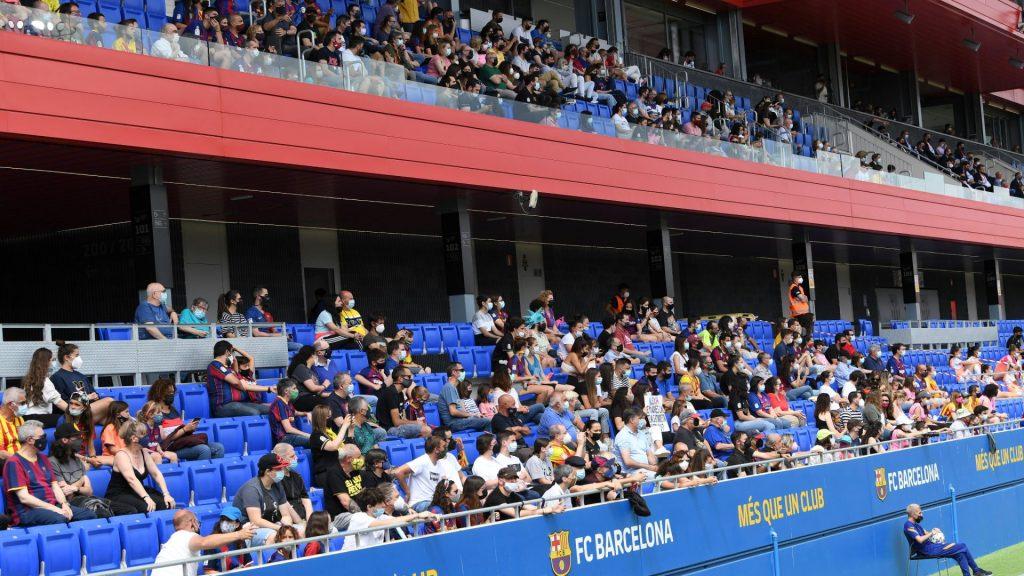 Públic al Johan Cruyff en el Barça - Madrid CFF