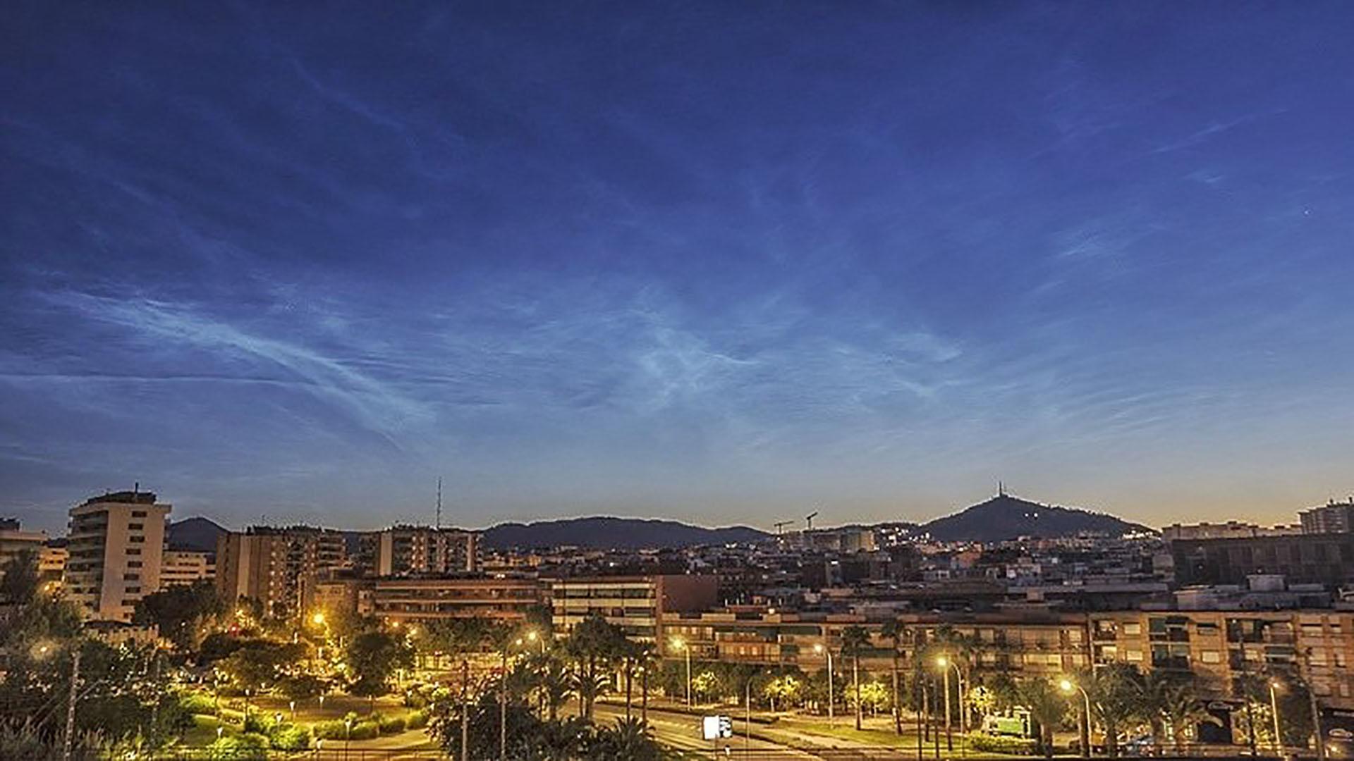 albada de Sant Joan amb núvols noctilucents