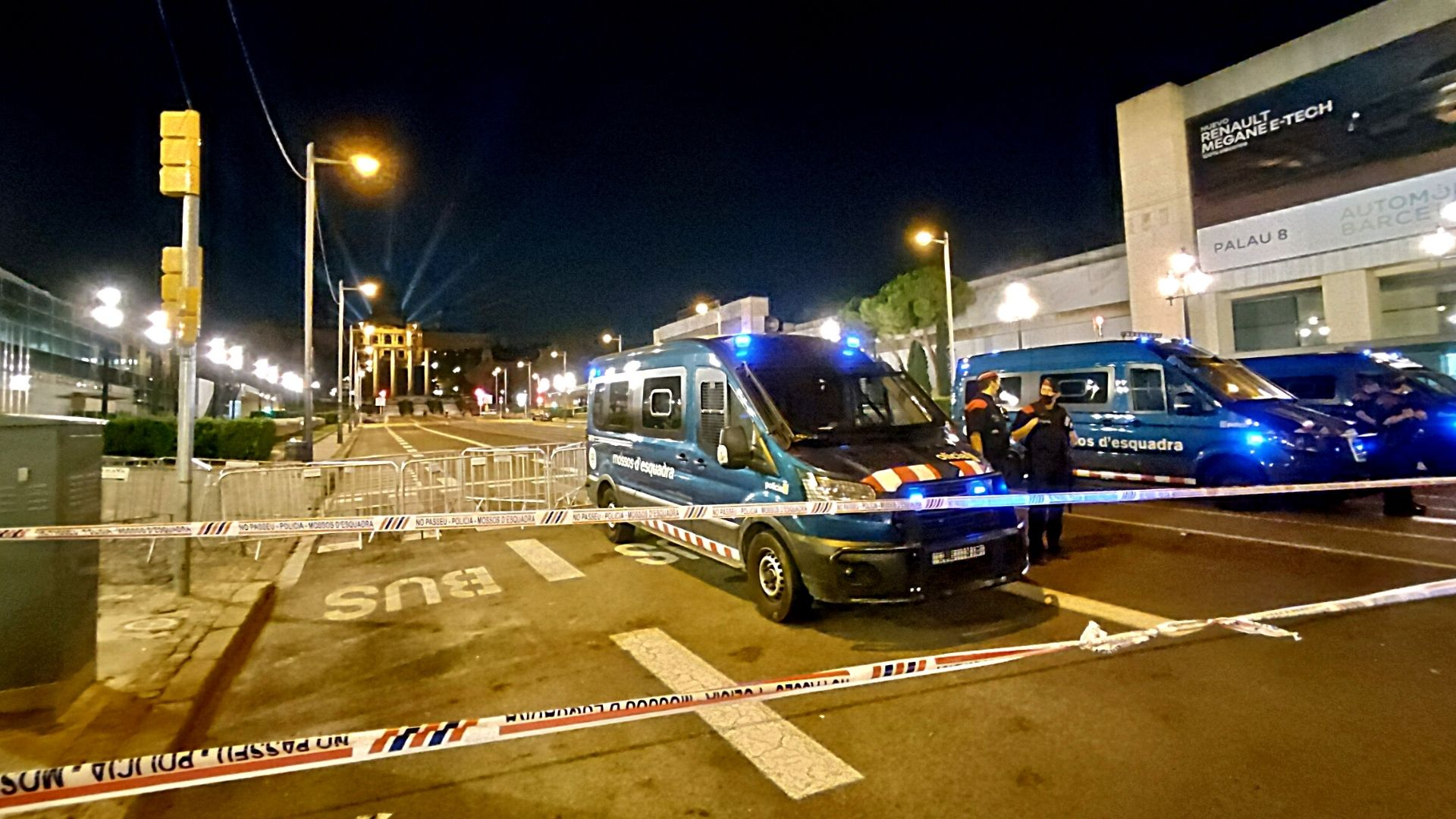 mossos blinden plaça d'espanya