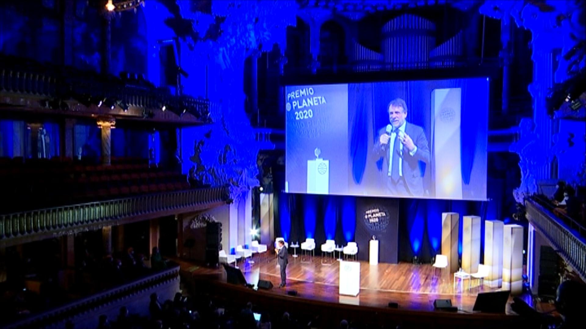 Imatge de la darrera edidicó del Premi Planeta